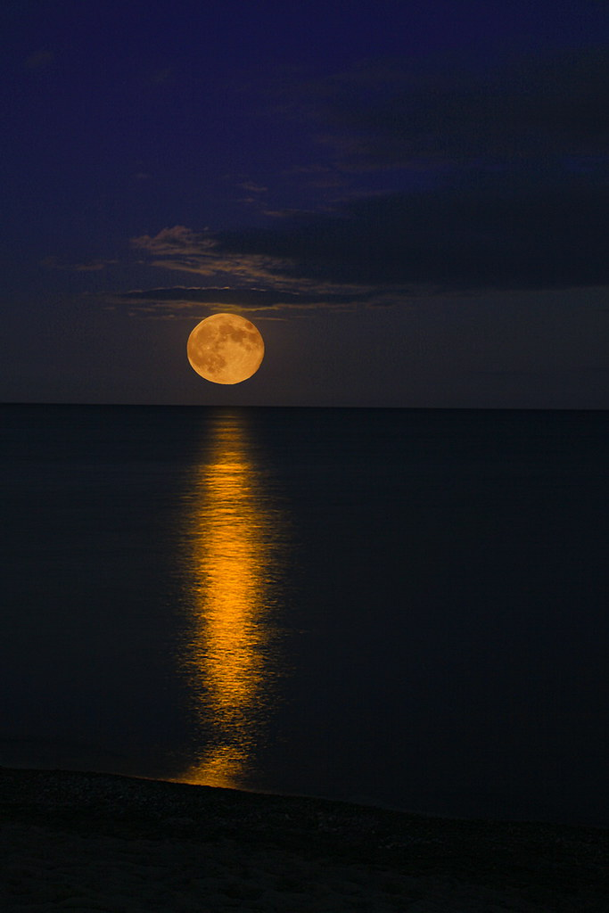 Super Moon Over Water By Beach Kat Lovasi Flickr