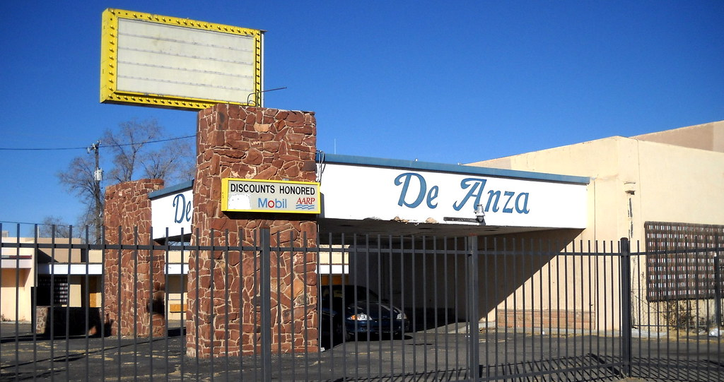 De anza motor lodge historic route 66 4301 central ave s for Motor inn city ave