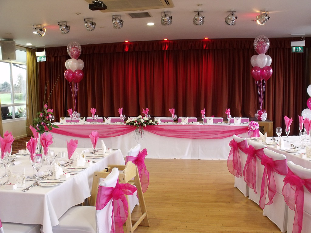 Hot pink wedding decorations done at the fry club keynsha for Wedding party decorations