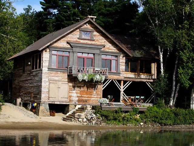 Long lake new york luxury real estate adirondack camp for Luxury new york real estate