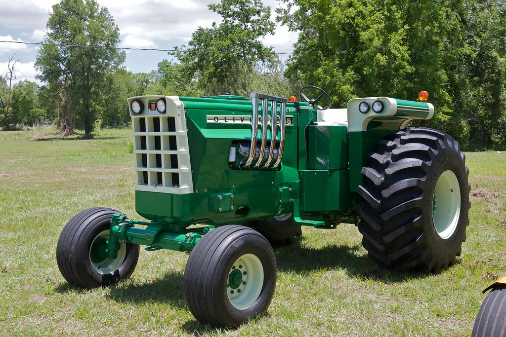 2255 Oliver Tractor Bill Jacomet Flickr