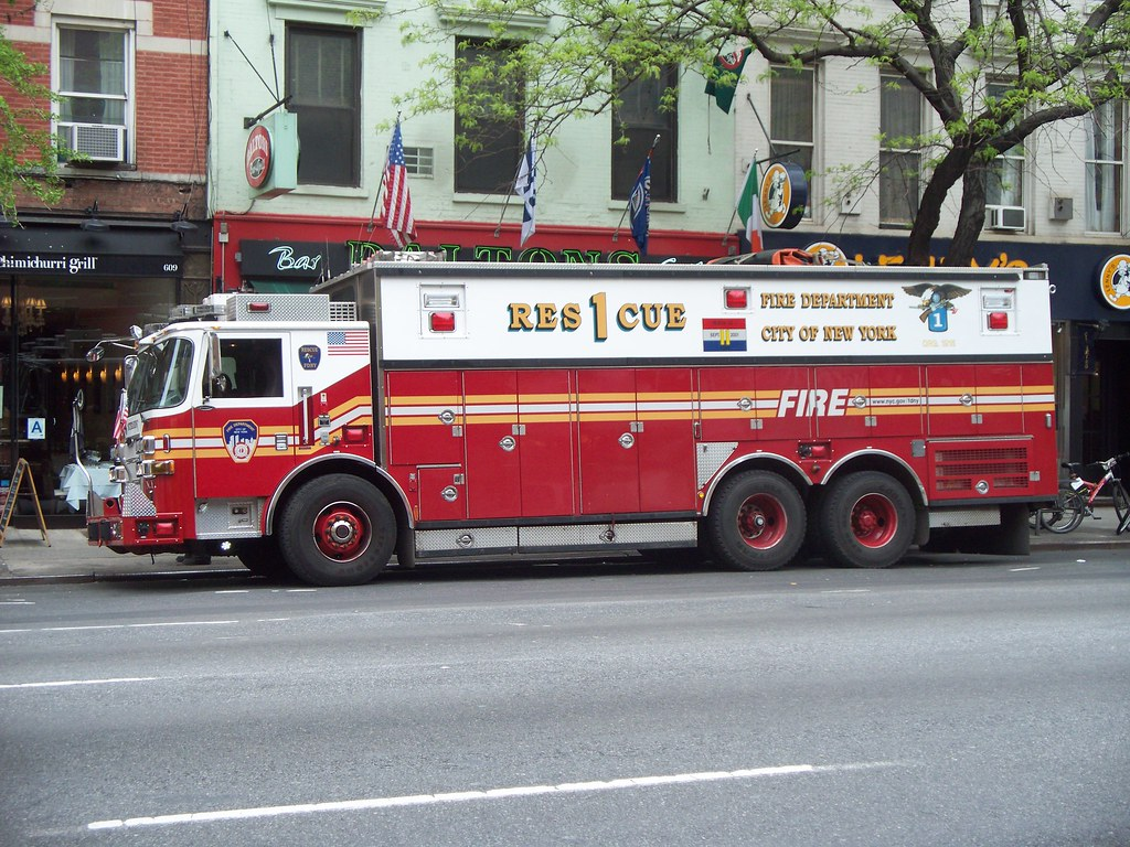 Fdny Rescue 1 5 2 11 Fdny Rescue 1 On 9th Ave At