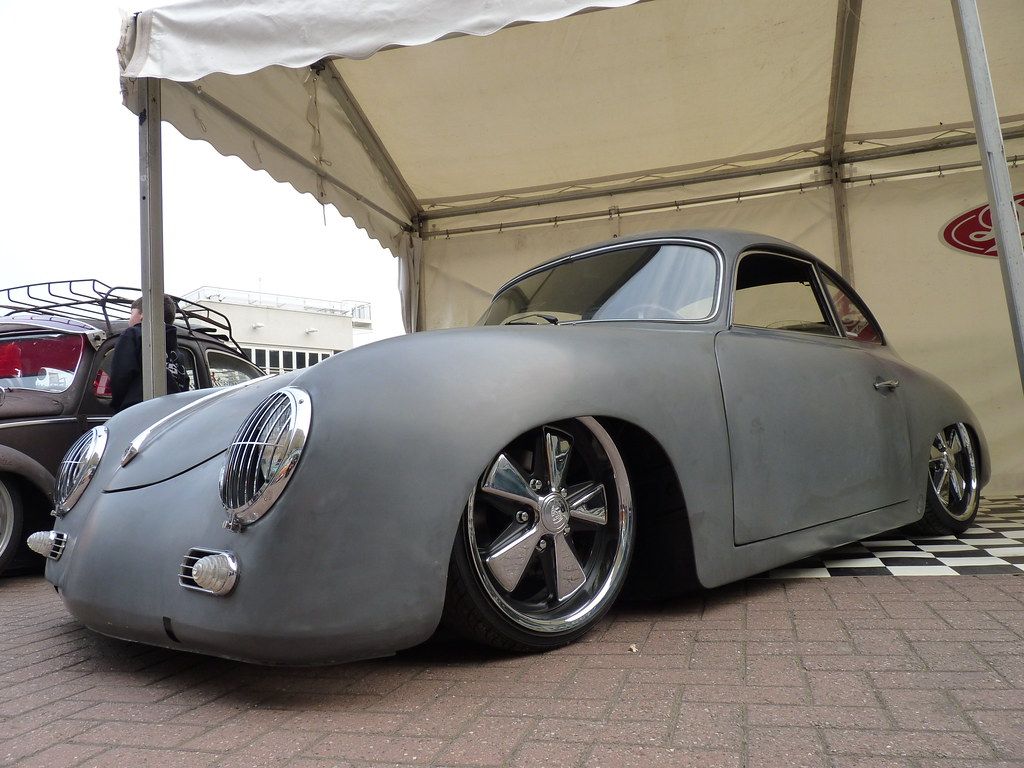 Porsche 356 Speedster Gordon Calder 6 Million Views
