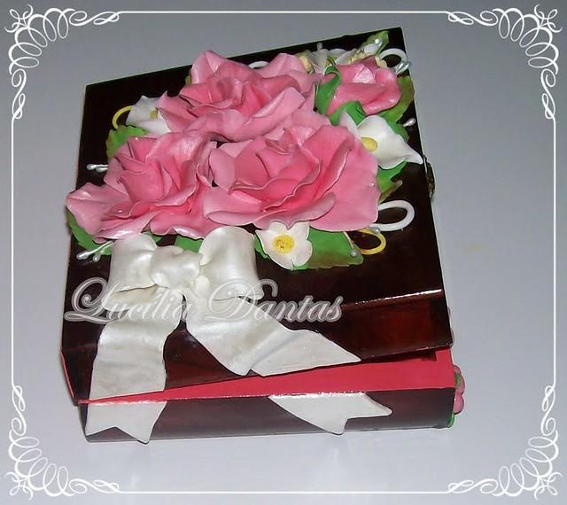 Caixa de madeira decorada com biscuit. | Flickr - Photo Sharing!