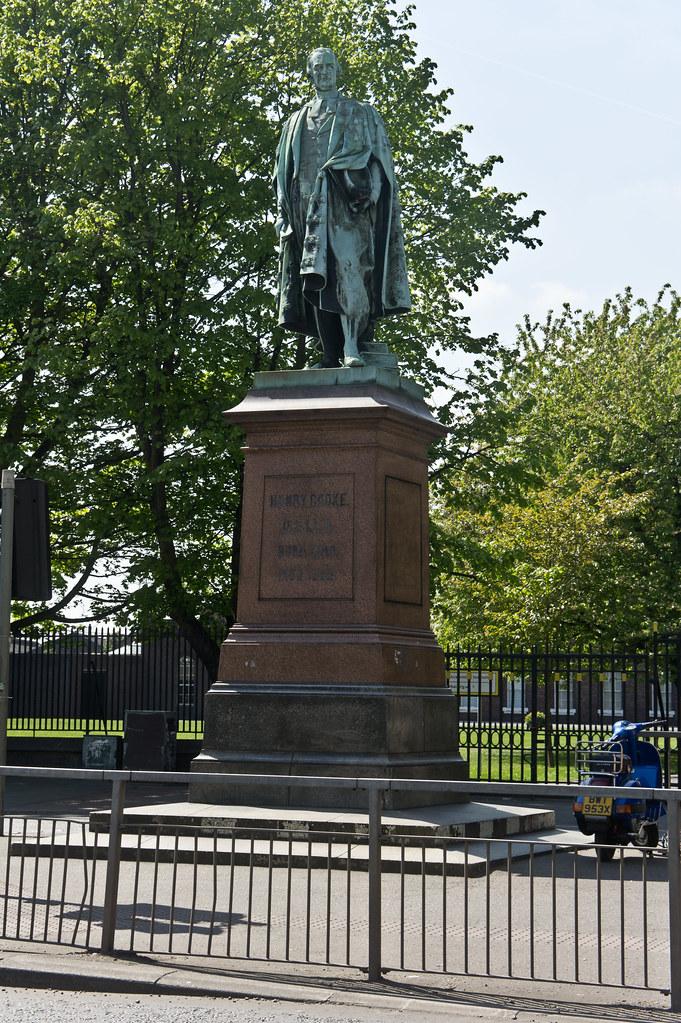 Statue Of Dr Henry Cooke College Square Belfast Flickr