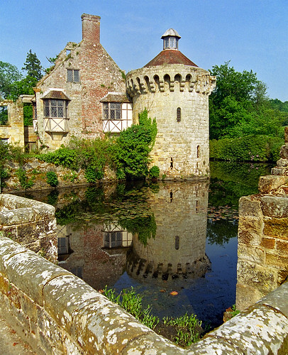 Scotney Castle Landscape Gardens, Kent, England | View of castle ruins reflected in moat (1 of 16) | by ukgardenphotos