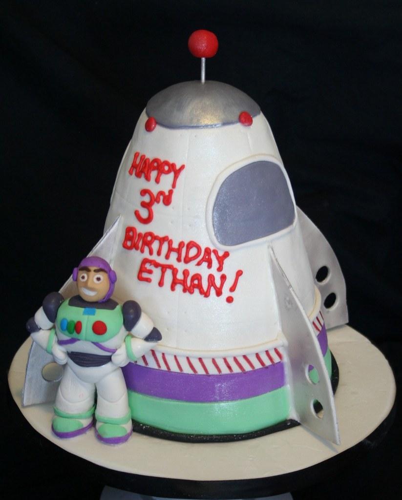 Buzz Lightyear Rocket Cake