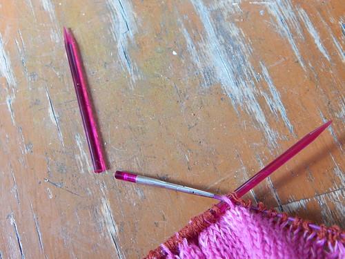Сломалась спица KnitPro акриловая