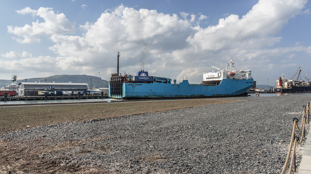 MS Anglia Seaways Docking (Belfast Port) 004