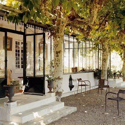Glassed in porch liz cadorette flickr for Maison du monde sete