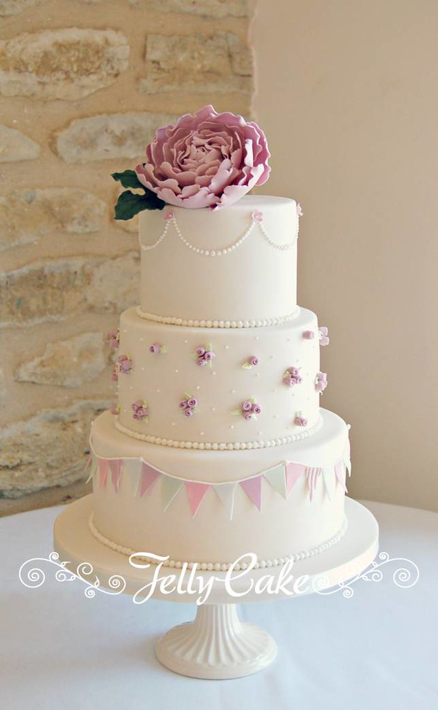 Cake Decorated With Bunting : Peony and Bunting Wedding Cake Lucy and David s pretty ...