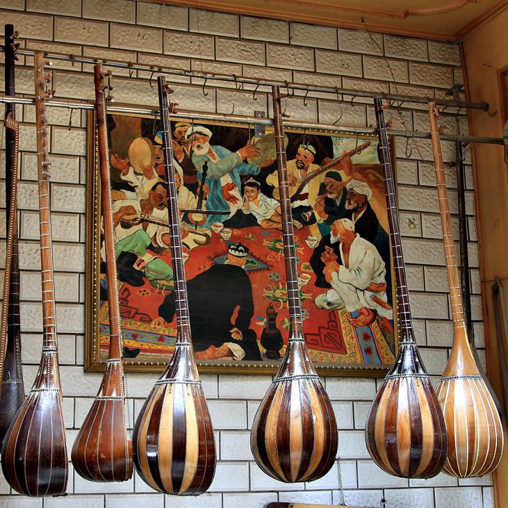 Allan Shope: 472 - Dutar Music Shop In Kashgar