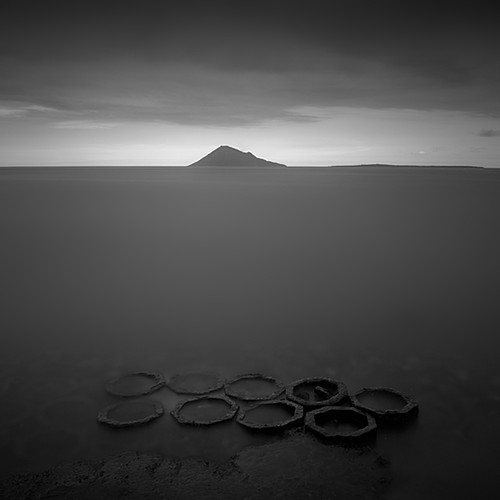Circles of Eight | by Hengki Koentjoro