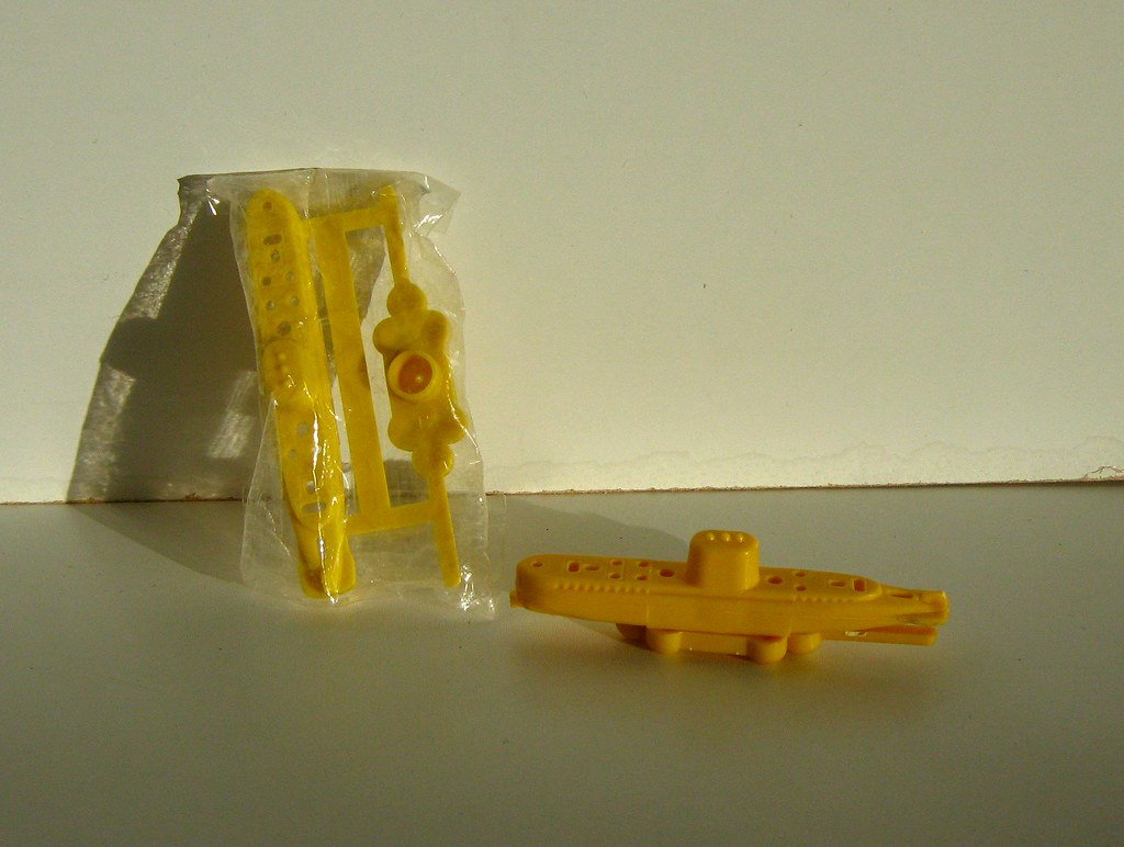 Kellogg S Corn Flakes Cereal Toy Submarine 2 Of 4 Flickr