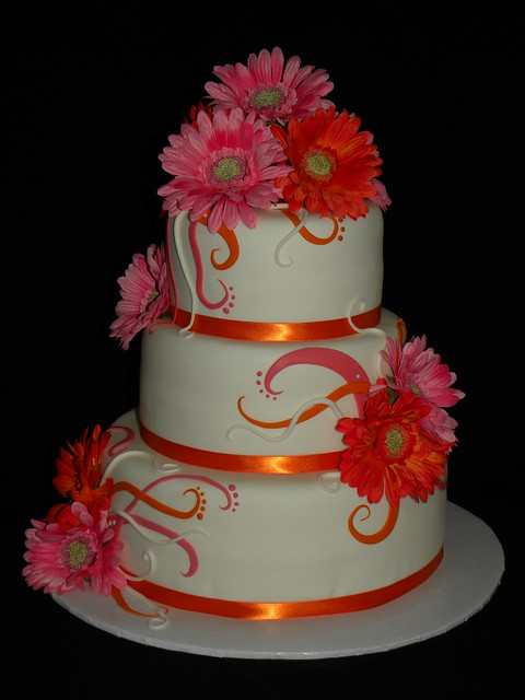gerbera daisy wedding cakes gerbera daisies cake flickr photo 14667