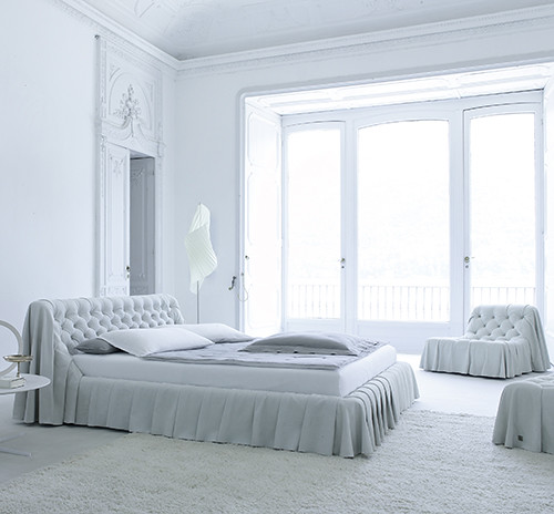 New Inspiration: Old World Bedroom Furniture In Modern Int