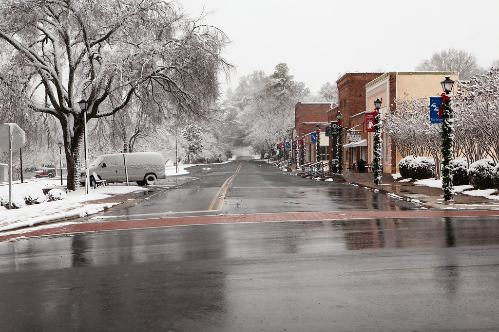 Downtown Waxhaw Nc 12 26 2010 2 The First White