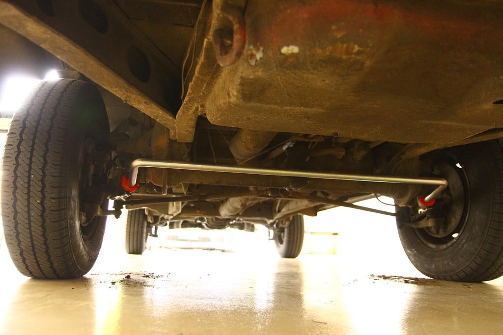 EMPI HD Front Sway bar on VW T2 Bus | Paul Lovine | Flickr