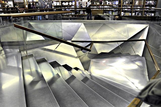 Escaleras de metal flickr photo sharing for Escaleras de metal