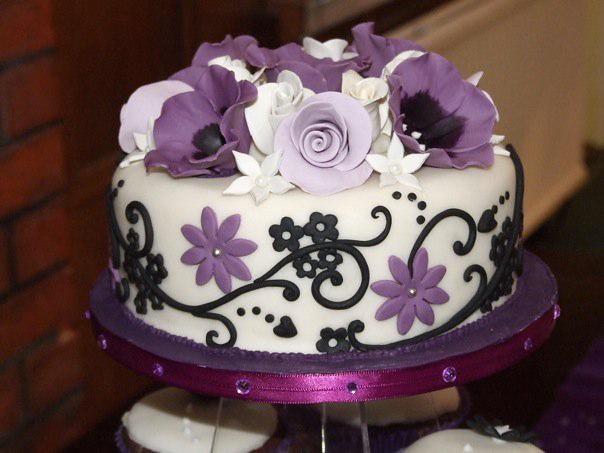 purple wedding cake images ivory purple black wedding cake www cakes co uk 18918