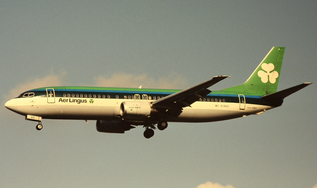 Aer Lingus Boeing 737 400 Seen On Short Finals To Runway