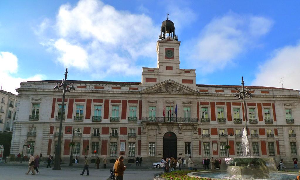 Real casa de correos puerta del sol 10 10 2010 a las 10 0 for Real casa de correos madrid