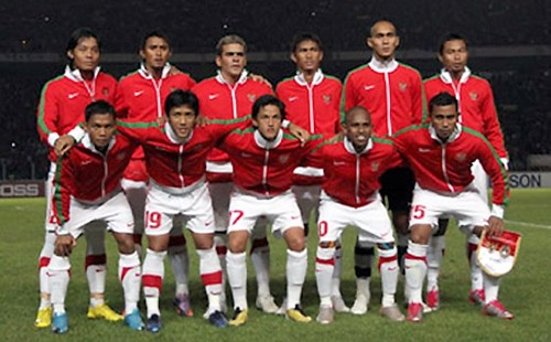 TimnasIndonesiaAFF2010  From FB TimNas  hi08uh  Flickr
