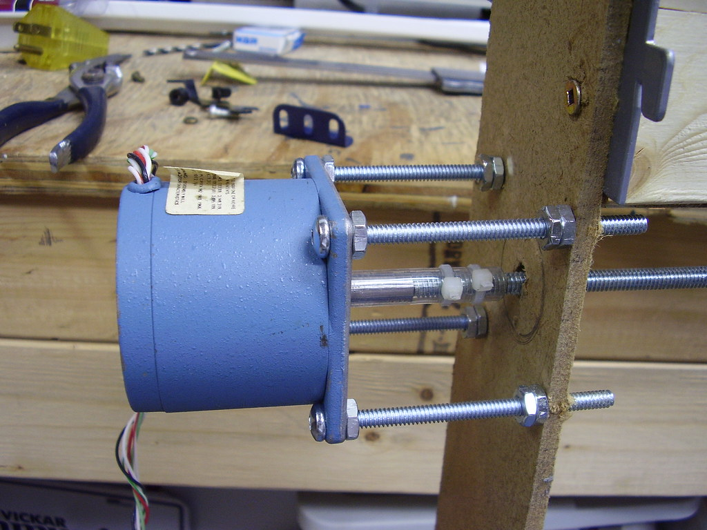 Stepper motor mount y axis using long 3 16 inch bolts for Threaded shaft stepper motor