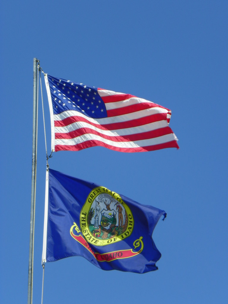 United States and Idaho State Flag | These flags are at a ro ...