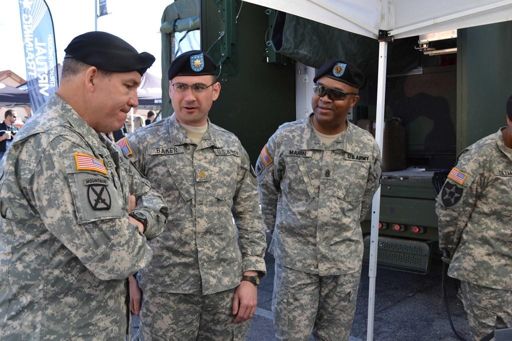 Army leadership tours Tech Zone | Lt. Gen. Benjamin C ...