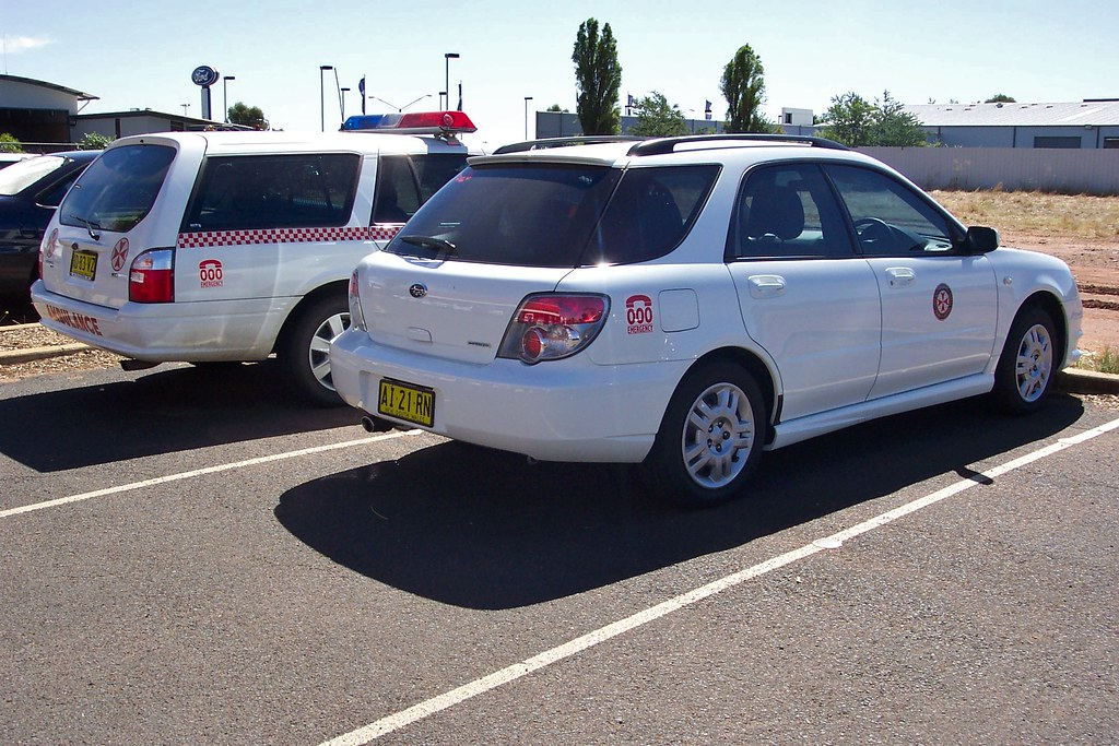 2004 ford ba falcon xt station wagon amp 2006 subaru impreza