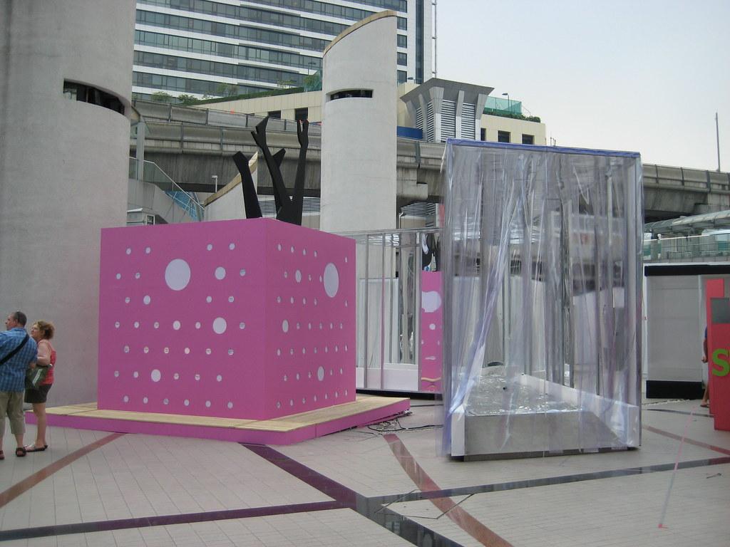D Art Exhibition In Bangkok : D i m p l e open air art exhibition bangkok paul