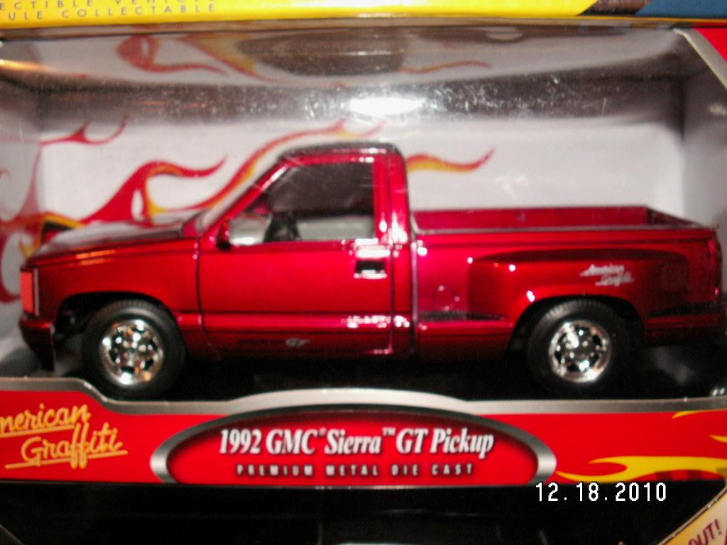 Motor Max 1992 Gmc Sierra Gt Truck 1 24 Scale American