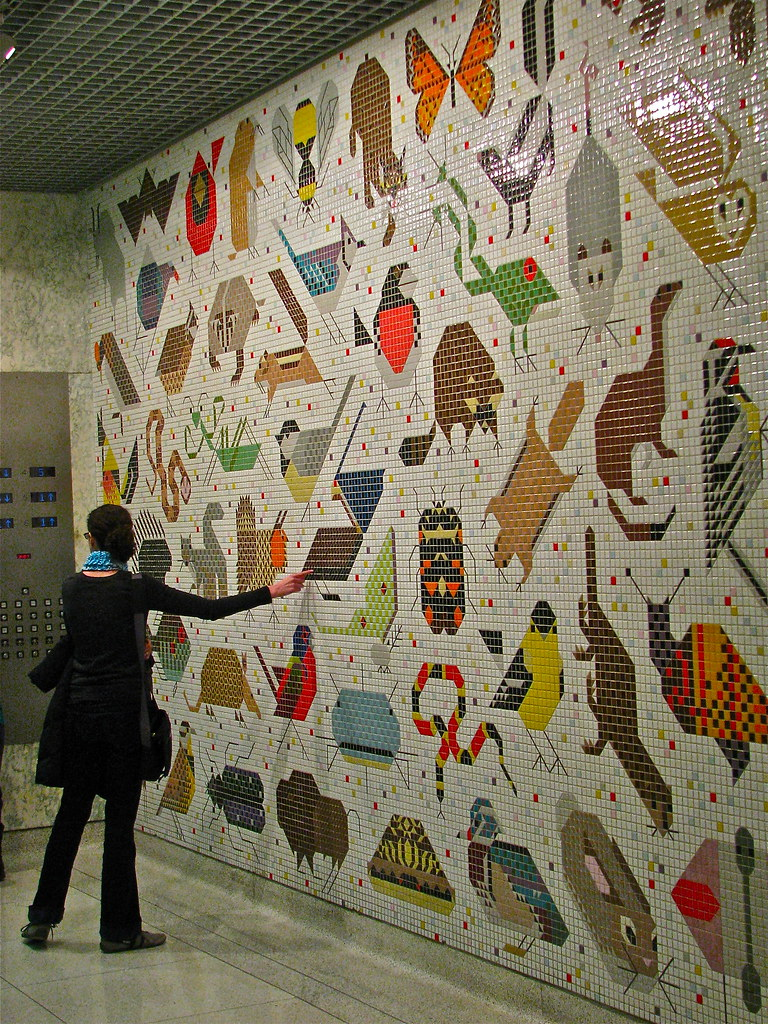 Charley harper mosaic john weld peck federal building for Charley harper mural