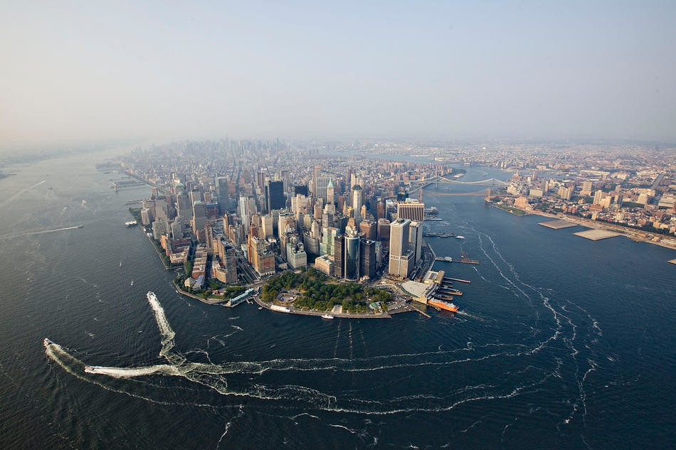New York City From The Air Boats Travel Around The Tip Of Flickr