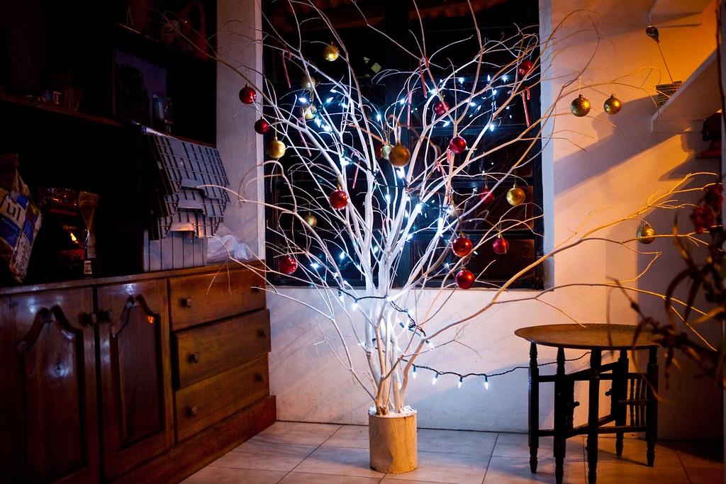 6 White Christmas Tree