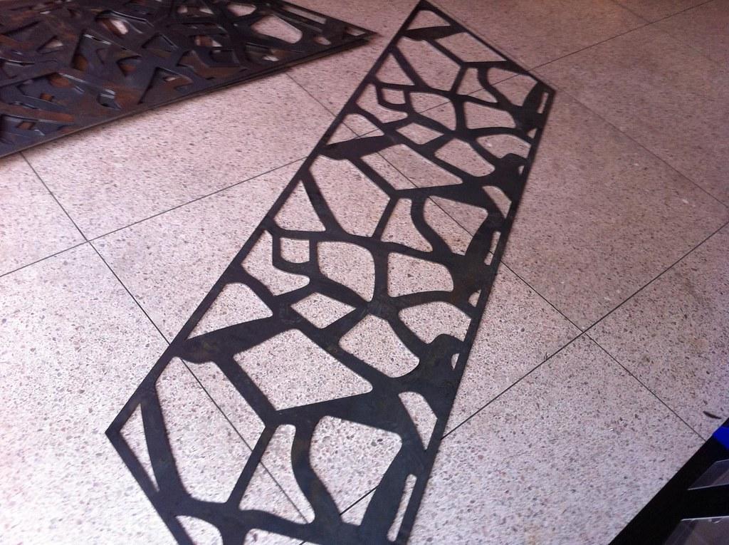 d coupe laser m tal 4 mm d coupe laser m tal 4 mm flickr. Black Bedroom Furniture Sets. Home Design Ideas