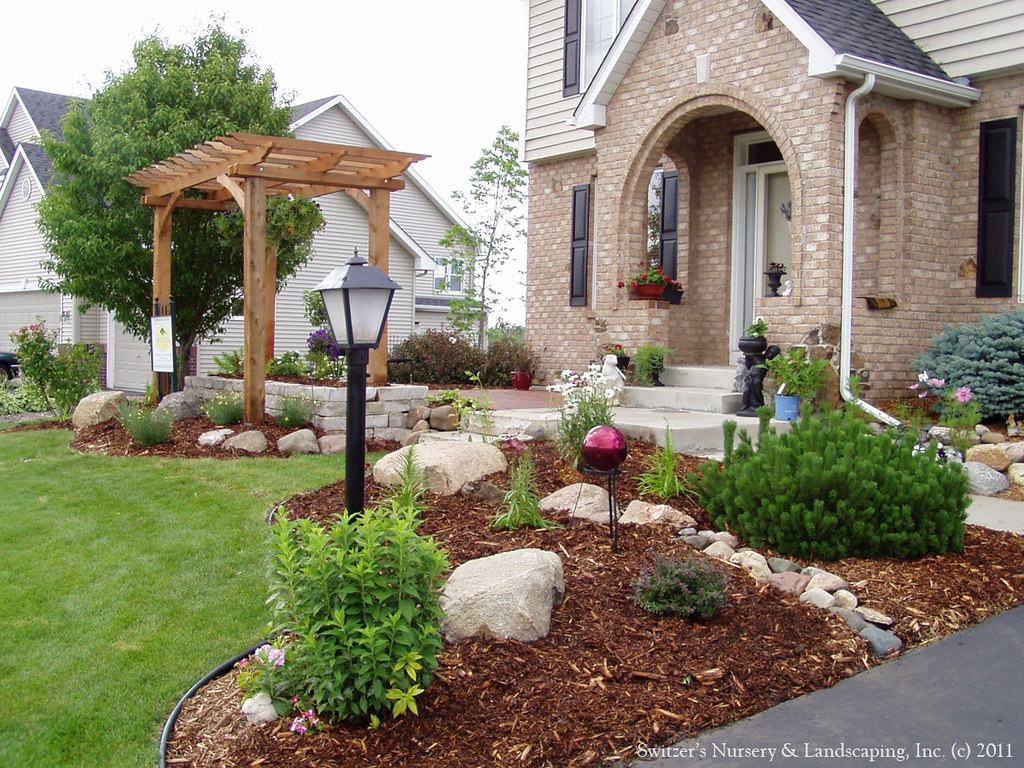 Front Yard Patio Design Pictures: A Beautiful New Front Yard Lands
