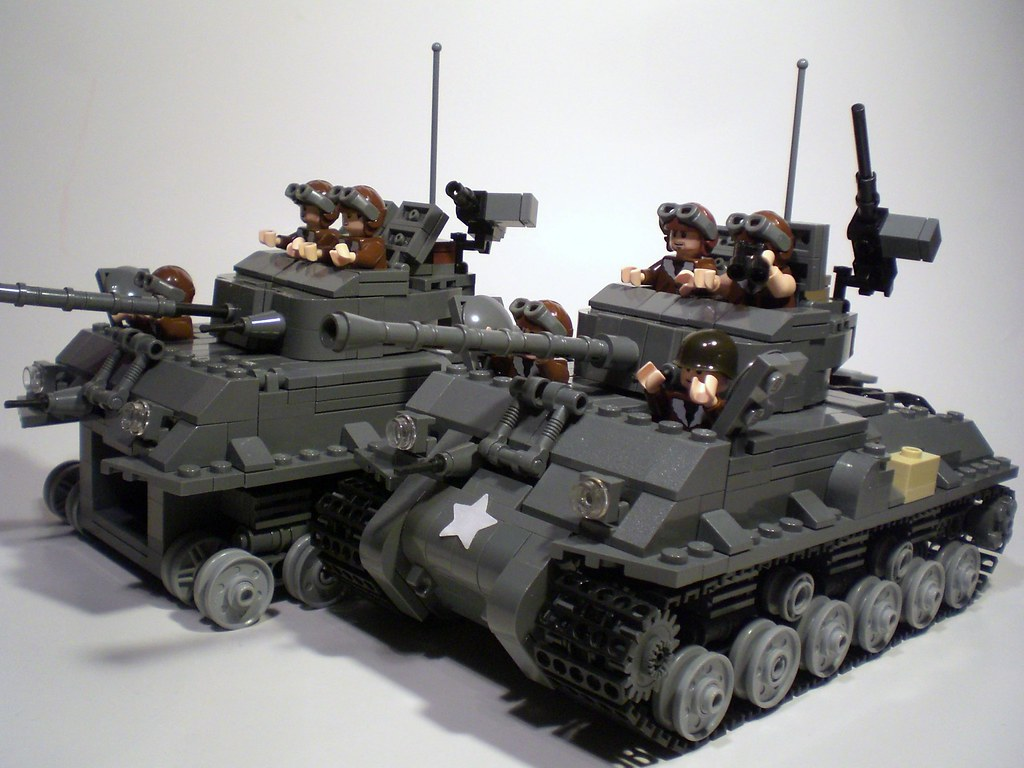 M4a3e8 Sherman Tank M4a3e8 Sherman Tank x2