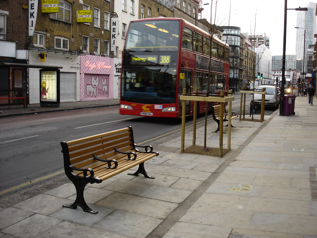 New street furniture bethnal green road tower hamlets for Furniture xpress bethnal green
