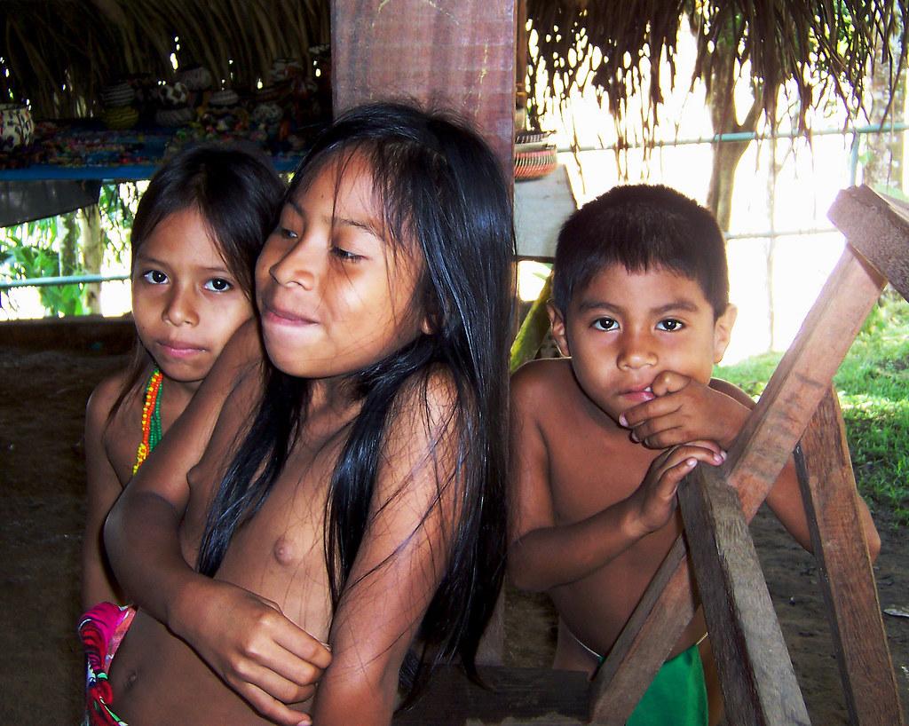 Embera Girls Bathing - Cumception-4683