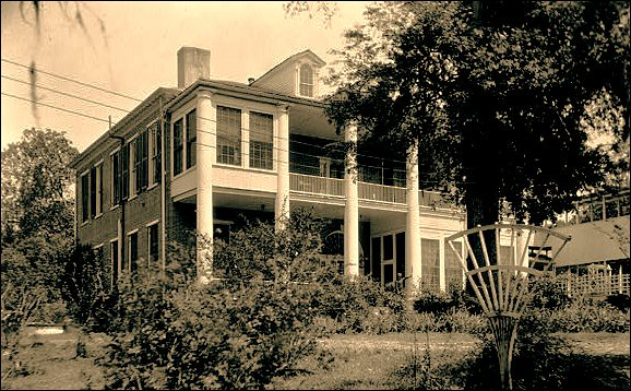 Arlington, Natchez, Mississippi | Rear view- 1934- Ralph ...