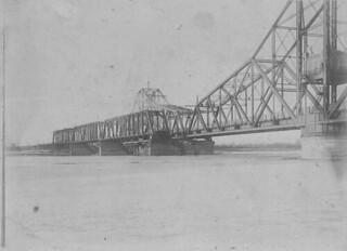 Old and New IC Bridge - 1902. | by Council Bluffs Public Library Special Collections