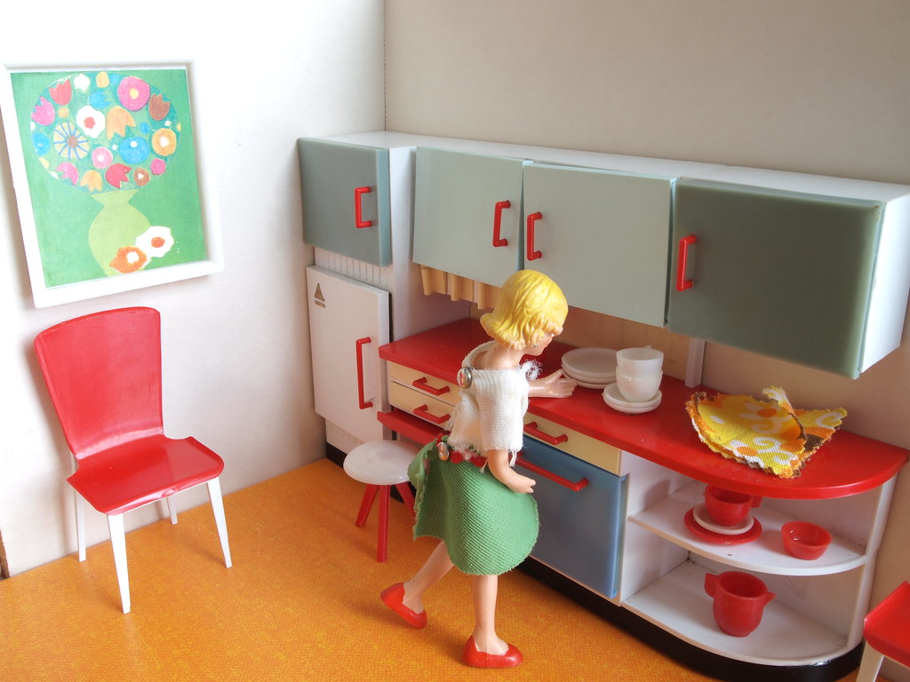 Dollhouse Kitchen Chairs