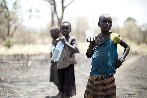South Sudan girls collecting water