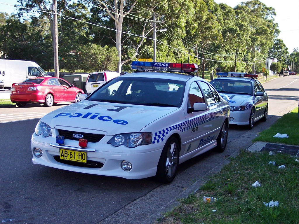 2004 ford ba falcon xr8 2003 holden vy commodore ss ns flickr vanachro Images