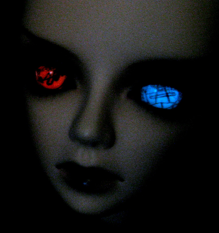 BJD doll eyes glow in the dark red and blue | Shelly | Flickr