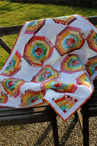 Rainbow Spiderweb Quilt | by theknicksofknacks