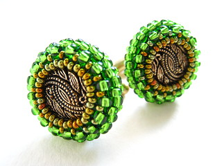 Cuff Links In Gold And Apple Green Seed Beads | by MEDUSA JEWELLERY