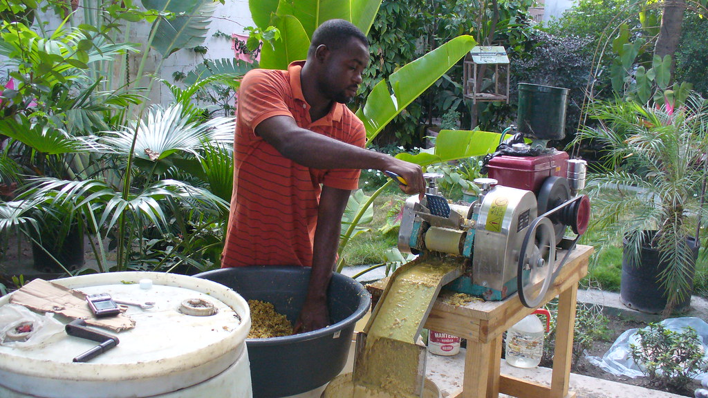 Help For Haiti >> Machinery of Kleren Tasdoudou, a drink-producer in Haiti. | Flickr